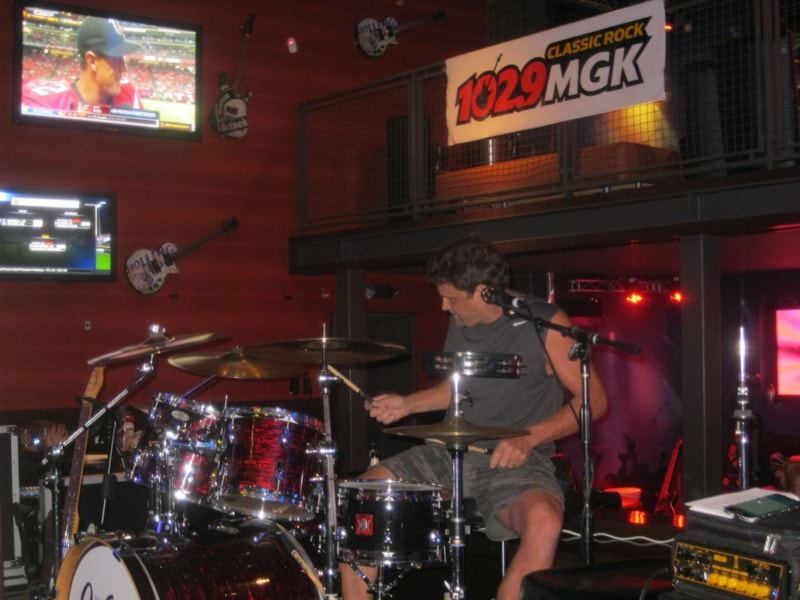 The Tommy Froelich Trio,Sweet Revenge, Reaction & Tongue N' Groove were the bands to play & compete in the House Band Qualifying Round that took place in South Philly at Chickie's & Pete's. Andre Gardner was there for the competition and The Tommy Froelich Trio was the band to move on to the finals.