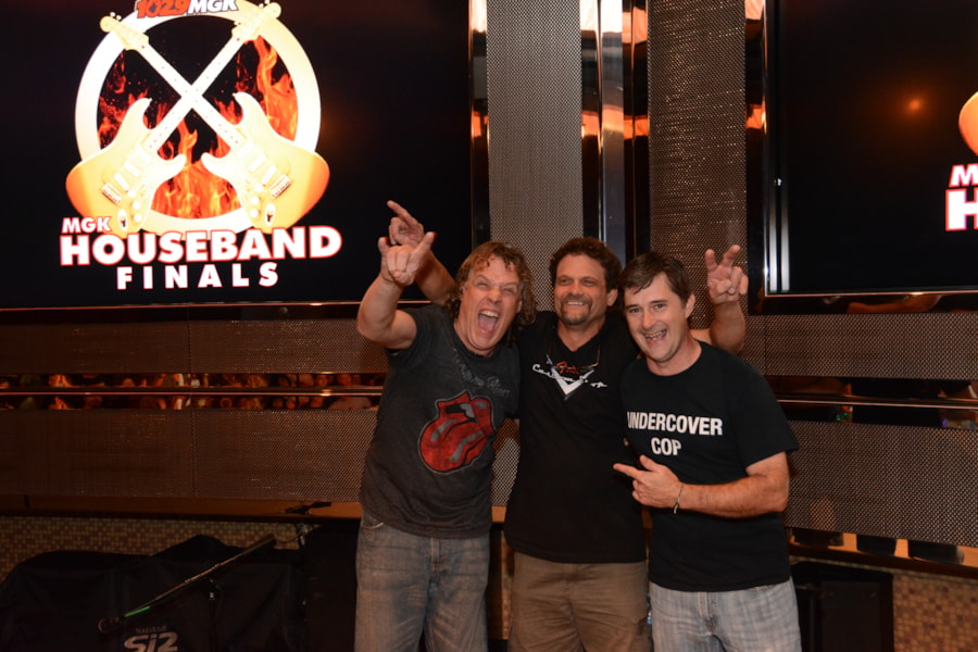 The House Band Finals went underway at Parx Casino and Andre Gardner was there for the action. All of the bands put on incredible performances but only one could win the title of the 'Official MGK House Band.' The crowd at Parx cheered with full-force and rooted on their favorite bands with nonstop passion. It…