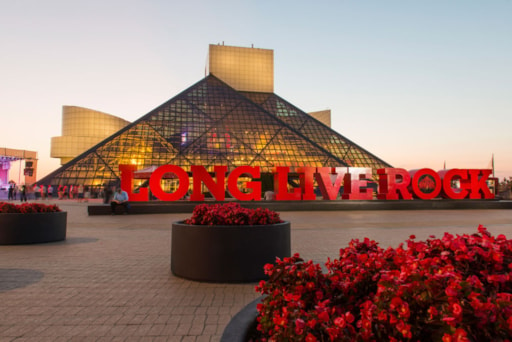 Rock Hall Adds Additional Members of Bon Jovi, Moody Blues To