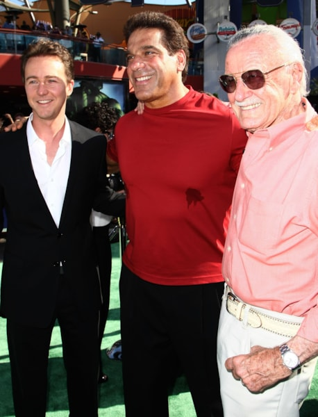 "UNIVERSAL CITY, CA - JUNE 08:  (L-R) Actor Edward Norton, actor Lou Ferrigno and Marvel Comic's Stan Lee arrive at the premiere of Universal Pictures' ""The Incredible Hulk"" held at the Universal City Walk on June 8, 2008 in Universal City, California.  (Photo by Alberto E. Rodriguez/Getty Images)"