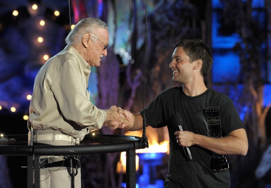 LOS ANGELES, CA - OCTOBER 17:  Writer Stan Lee accepts the Comic-Con Icon award onstage from actor Tobey Maguire during Spike TV's Scream 2009 held at the Greek Theatre on October 17, 2009 in Los Angeles, California.  (Photo by Kevin Winter/Getty Images)