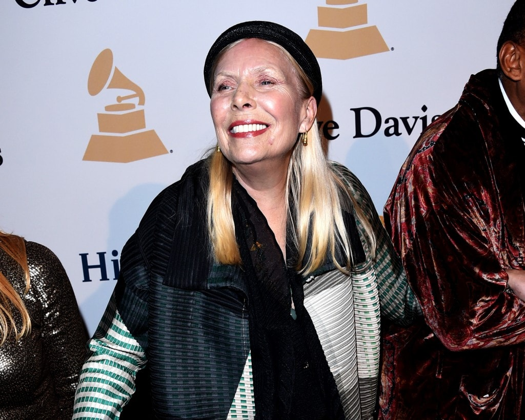BEVERLY HILLS, CA - FEBRUARY 07:  Singer-songwriter Joni Mitchell attends the Pre-GRAMMY Gala and Salute To Industry Icons honoring Martin Bandier on February 7, 2015 in Los Angeles, California.  (Photo by Jason Merritt/Getty Images)