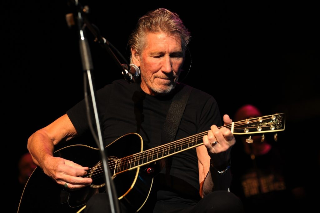 NEW YORK, NY - NOVEMBER 06:  Roger Waters performs at The New York Comedy Festival And The Bob Woodruff Foundation Present The 7th Annual Stand Up For Heroes Event at The Theater at Madison Square Garden on November 6, 2013 in New York City.  (Photo by Bryan Bedder/Getty Images for New York Comedy Festival)